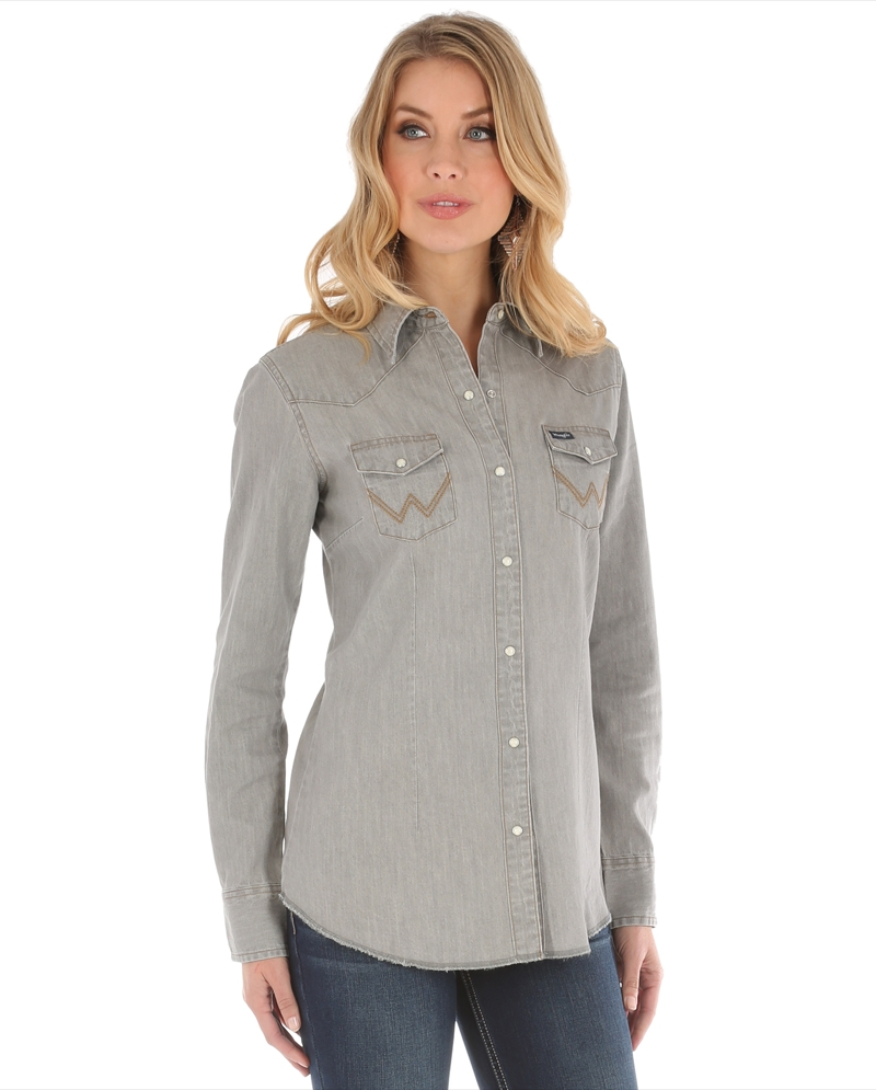 Wrangler ladies 39 long sleeve grey chambray top fort brands for Chambray top