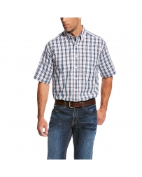 Ariat® Men's Wrinkle Free Short Sleeve Plaid Shirt